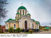 Transfiguration Cathedral in Tikhonov Assumption monastery, Russia. Стоковое фото, фотограф Zoonar.com/Boris Breytman / easy Fotostock / Фотобанк Лори