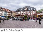 Гейдельберг, Германия. Здание Ратуши (Rathaus) на Рыночной площади (Marktplatz) (2017 год). Редакционное фото, фотограф Rokhin Valery / Фотобанк Лори