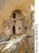 DAVID GAREDJI, GEORGIA - JULY 3, 2014: Monks cell on Cave Monastery... Стоковое фото, фотограф Zoonar.com/Alexander Ludwig / age Fotostock / Фотобанк Лори