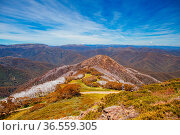The summer view from Mt Buller over Little Buller Spur and the Victorian... Стоковое фото, фотограф Zoonar.com/Chris Putnam / easy Fotostock / Фотобанк Лори