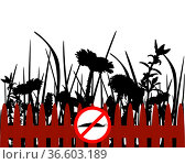 Verbotsschild für Nacktschnecken - Traffic signs for slugs. Стоковое фото, фотограф Zoonar.com/lantapix / easy Fotostock / Фотобанк Лори