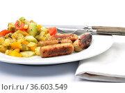 Gemischter Kartoffelsalat mit Würstchen - Mixed Potato salad with... Стоковое фото, фотограф Zoonar.com/lantapix / easy Fotostock / Фотобанк Лори