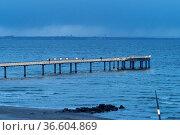 2014 eröffnete 185 Meter lange Seebrücke (Kosten lt. NDR: 1,9 Mio... Стоковое фото, фотограф Zoonar.com/Robert B. Fishman / age Fotostock / Фотобанк Лори