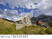 Espuguettes refuge, Pyrenees National Park, Hautes-Pyrenees, France. Редакционное фото, фотограф Tolo Balaguer / age Fotostock / Фотобанк Лори