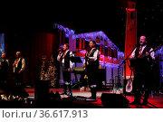 Weihnachten mit den Kastelruther Spatzen im Konzerthaus Freiburg - ... Стоковое фото, фотограф Zoonar.com/Joachim Hahne / age Fotostock / Фотобанк Лори