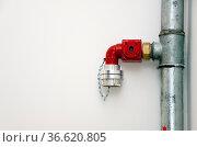 Anschluss für einen Wasserschlauch der Feuerwehr. Стоковое фото, фотограф Zoonar.com/Karl Heinz Spremberg / easy Fotostock / Фотобанк Лори