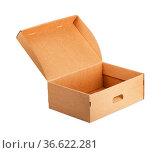 Open empty cardboard box on a white background. Стоковое фото, фотограф Zoonar.com/Ilya Starikov / easy Fotostock / Фотобанк Лори