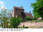 Nürnberger Burg, burg, nürnberg, mauer, burgmauer, befestigung, turm... Стоковое фото, фотограф Zoonar.com/Volker Rauch / easy Fotostock / Фотобанк Лори