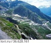 Sankt Gotthardpass, Landschaft - CHE, Schweiz, Стоковое фото, фотограф Zoonar.com/Manfred Ruckszio / age Fotostock / Фотобанк Лори
