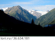 Stubaier Alpen, stubai, stubaital, berg, berge, gebirge, hochgebirge... Стоковое фото, фотограф Zoonar.com/Volker Rauch / easy Fotostock / Фотобанк Лори