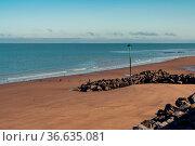 The beach in Blue Anchor, Somerset, England, UK - looking at the Bristol... Стоковое фото, фотограф Zoonar.com/Bernd Brueggemann / easy Fotostock / Фотобанк Лори
