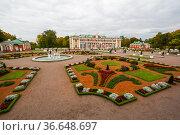 Kadriorg Palace in Tallinn (2019 год). Стоковое фото, фотограф Юлия Белоусова / Фотобанк Лори