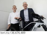 Mariano Roman, CEO Fantic Motor Spa with Francesco Moser during the... Редакционное фото, фотограф Mirco Toniolo / AGF/Mirco Toniolo / AGF / age Fotostock / Фотобанк Лори