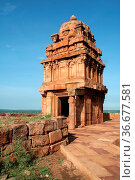 Lower Shivalaya Temple on northern hill at Badami, Karnataka, India... Стоковое фото, фотограф Zoonar.com/Mahantesh C Morabad / easy Fotostock / Фотобанк Лори