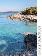 Die Halbinsel Kamenjak in Istrien ist ein Paradies für alle Mountainbiker... Стоковое фото, фотограф Zoonar.com/Hans Eder / easy Fotostock / Фотобанк Лори