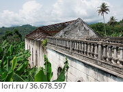 Ruin of the hospital of Roca Agua Ize, Sao Tome, Africa. Стоковое фото, фотограф Zoonar.com/Alexander Ludwig / easy Fotostock / Фотобанк Лори
