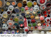 Button Store, Haberdashery, Threads and sewing accessories store, ... Стоковое фото, фотограф Javier Larrea / age Fotostock / Фотобанк Лори
