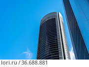 Madrid, Spain - May 10, 2020: Low angle view of office building in... Стоковое фото, фотограф Zoonar.com/@jjfarquitectos / age Fotostock / Фотобанк Лори