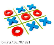 Tic tac toe game isolated on white background. 3D illustration. Стоковое фото, фотограф Zoonar.com/Cigdem Simsek / easy Fotostock / Фотобанк Лори