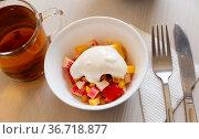 Salad with corn, pepper, crab, cheese and sour cream. Russian cuisine. Стоковое фото, фотограф Яков Филимонов / Фотобанк Лори
