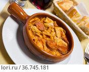 Callos - traditional Spanish stew. Стоковое фото, фотограф Яков Филимонов / Фотобанк Лори