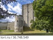 Wohnturm und Wehrturm des Schloss in Loches, Loire-Tal, Frankreich... Стоковое фото, фотограф Peter Schickert / age Fotostock / Фотобанк Лори
