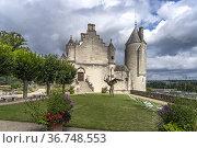 Logis Royal, Schloss Loches, Loire-Tal, Frankreich   The royal lodge... Стоковое фото, фотограф Peter Schickert / age Fotostock / Фотобанк Лори