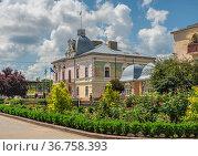 Zolochiv city council in Ukraine. Редакционное фото, фотограф Sergii Zarev / Фотобанк Лори