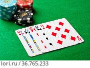Straight flush im poker Spiel. Стоковое фото, фотограф Zoonar.com/Ulrich Schade / easy Fotostock / Фотобанк Лори