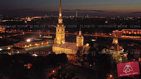 Aerial night view of Peter and Paul Fortress (2019 год). Редакционное видео, видеограф Михаил Коханчиков / Фотобанк Лори
