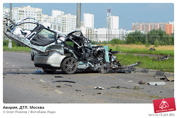 Купить «Авария, ДТП. Москва», фото № 5231953, снято 14 августа 2013 г. (c) Олег Пчелов / Фотобанк Лори