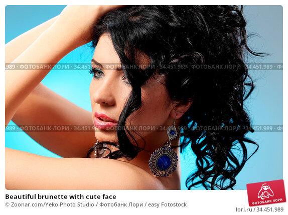 Beautiful brunette with cute face. Стоковое фото, фотограф Zoonar.com/Yeko Photo Studio / easy Fotostock / Фотобанк Лори