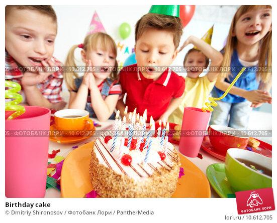 Birthday cake. Стоковое фото, фотограф Dmitriy Shironosov / PantherMedia / Фотобанк Лори