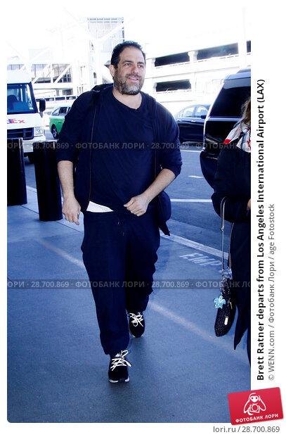 Купить «Brett Ratner departs from Los Angeles International Airport (LAX) Featuring: Brett Ratner Where: Los Angeles, California, United States When: 28 Dec 2016 Credit: WENN.com», фото № 28700869, снято 28 декабря 2016 г. (c) age Fotostock / Фотобанк Лори