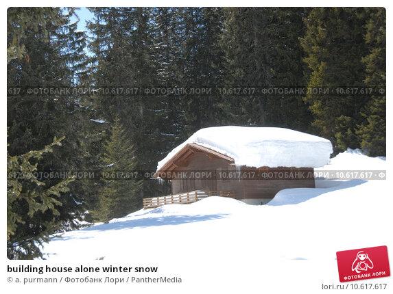 building house alone winter snow. Стоковое фото, фотограф a. purmann / PantherMedia / Фотобанк Лори