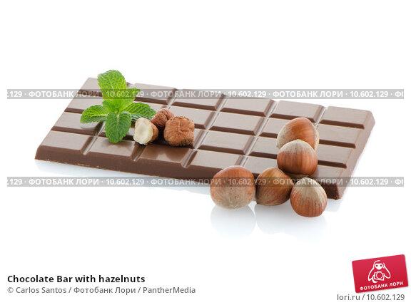 Chocolate Bar with hazelnuts. Стоковое фото, фотограф Carlos Santos / PantherMedia / Фотобанк Лори