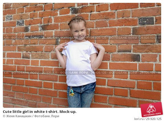 Купить «Cute little girl in white t-shirt. Mock-up.», фото № 29920125, снято 18 мая 2018 г. (c) Женя Канашкин / Фотобанк Лори