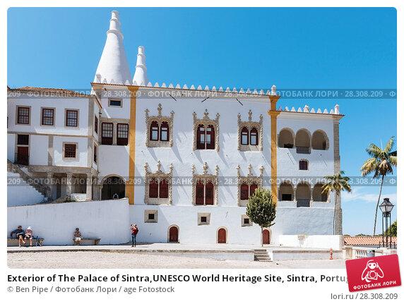 Купить «Exterior of The Palace of Sintra,UNESCO World Heritage Site, Sintra, Portugal, Europe», фото № 28308209, снято 30 июля 2017 г. (c) age Fotostock / Фотобанк Лори
