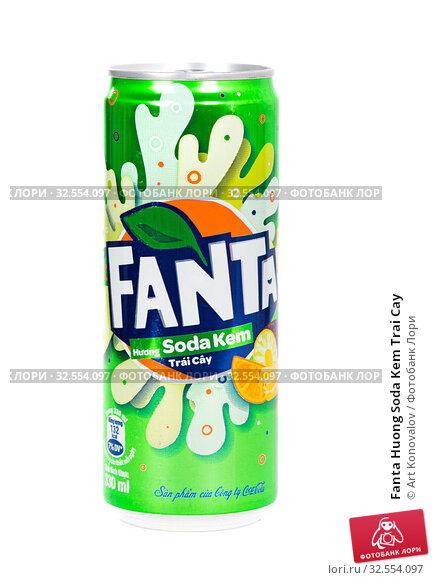 Купить «Fanta Huong Soda Kem Trai Cay», фото № 32554097, снято 30 ноября 2019 г. (c) Art Konovalov / Фотобанк Лори
