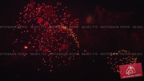 Festive beautiful fireworks. Стоковое видео, видеограф Игорь Жоров / Фотобанк Лори
