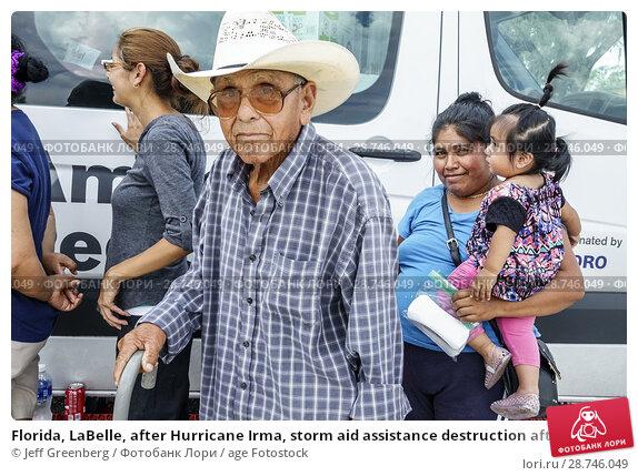 Купить «Florida, LaBelle, after Hurricane Irma, storm aid assistance destruction aftermath, disaster recovery relief, Red Cross Disaster Relief, volunteer, food...», фото № 28746049, снято 26 сентября 2017 г. (c) age Fotostock / Фотобанк Лори