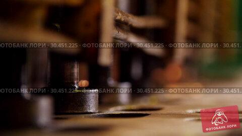 Industrial concept. A pressure machine forming details. Стоковое видео, видеограф Константин Шишкин / Фотобанк Лори