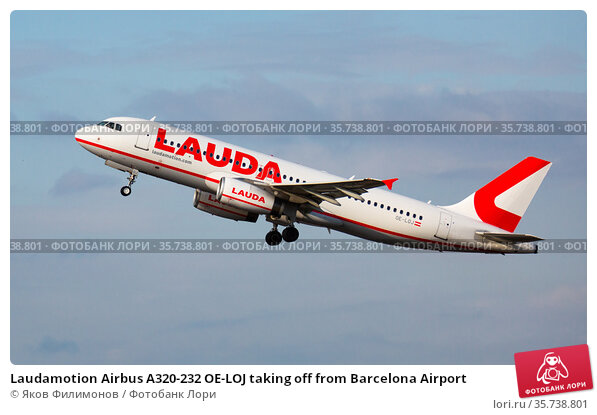 Laudamotion Airbus A320-232 OE-LOJ taking off from Barcelona Airport (2020 год). Редакционное фото, фотограф Яков Филимонов / Фотобанк Лори