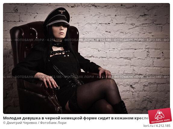 pyanuyu-russkuyu-zhenu-tolpoy-imeyut