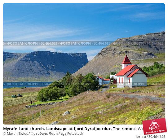 Myrafell and church. Landscape at fjord Dyrafjoerdur. The remote Westfjords (Vestfirdir) in north west Iceland. Europe, Scandinavia, Iceland. Стоковое фото, фотограф Martin Zwick / age Fotostock / Фотобанк Лори
