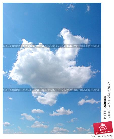 Купить «Небо. Облака», фото № 217989, снято 17 декабря 2017 г. (c) ElenArt / Фотобанк Лори