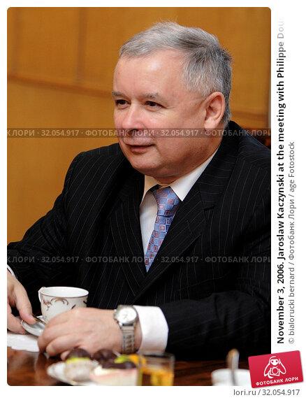 November 3, 2006. Jaroslaw Kaczynski at the meeting with Philippe Douste-Blazy. Редакционное фото, фотограф bialorucki bernard / age Fotostock / Фотобанк Лори