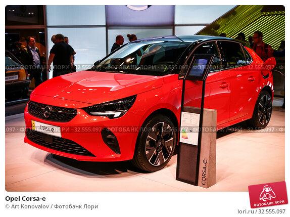 Купить «Opel Corsa-e», фото № 32555097, снято 17 сентября 2019 г. (c) Art Konovalov / Фотобанк Лори