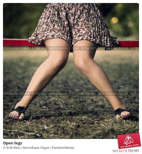 фото тёти с раздвинутыми ногами