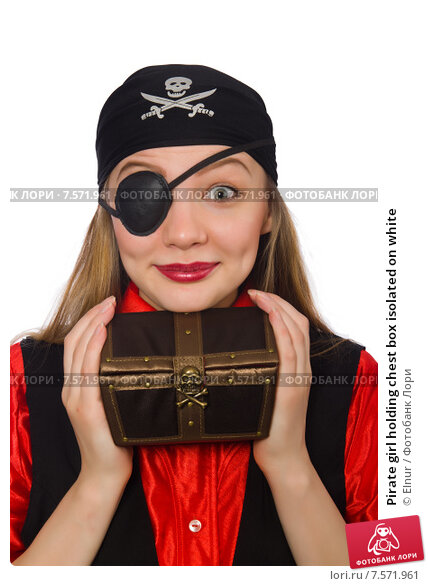 Купить «Pirate girl holding chest box isolated on white», фото № 7571961, снято 1 марта 2015 г. (c) Elnur / Фотобанк Лори